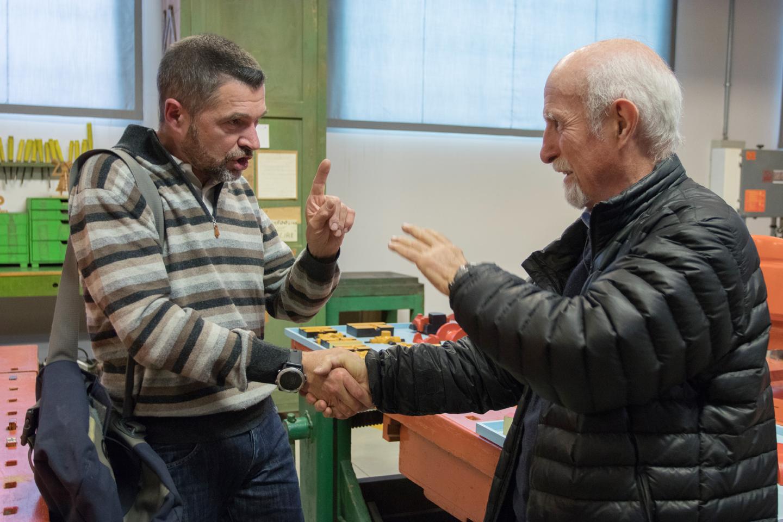 L'architetto Vittorio Parigi e il modellista Filippo Zagni nella ricostruzione della Bottega di Giovanni Sacchi